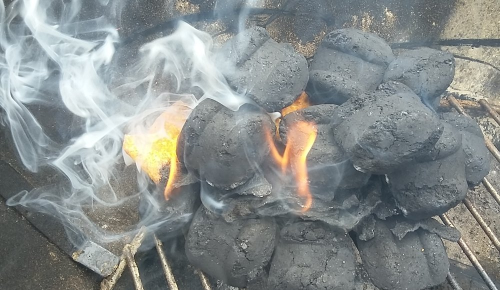 How to light charcoal without lighter fluid or chimney ...