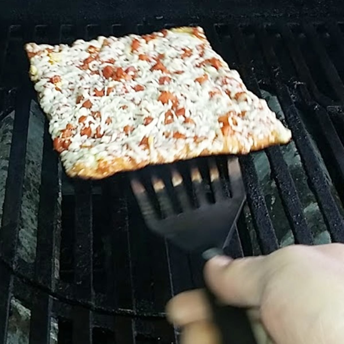 Can You Grill Frozen Pizza
