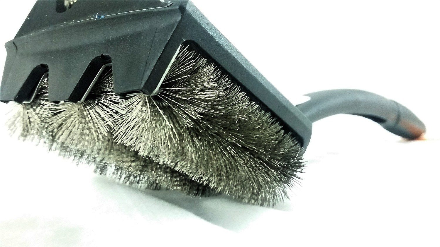 Tubular Bristle Grill Cleaning Brush Outset