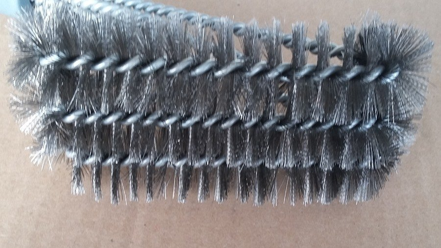 Best grill brush head close-up
