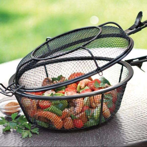 Jumbo Mesh Grill Basket in use