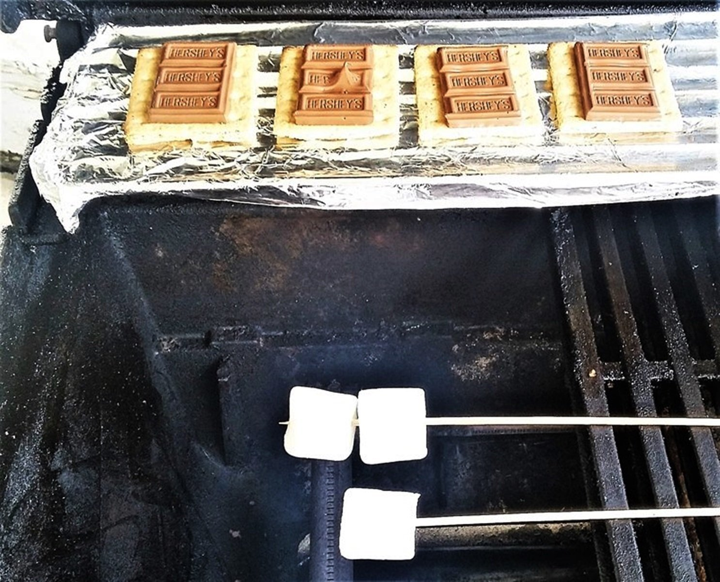 How to Grill Smores