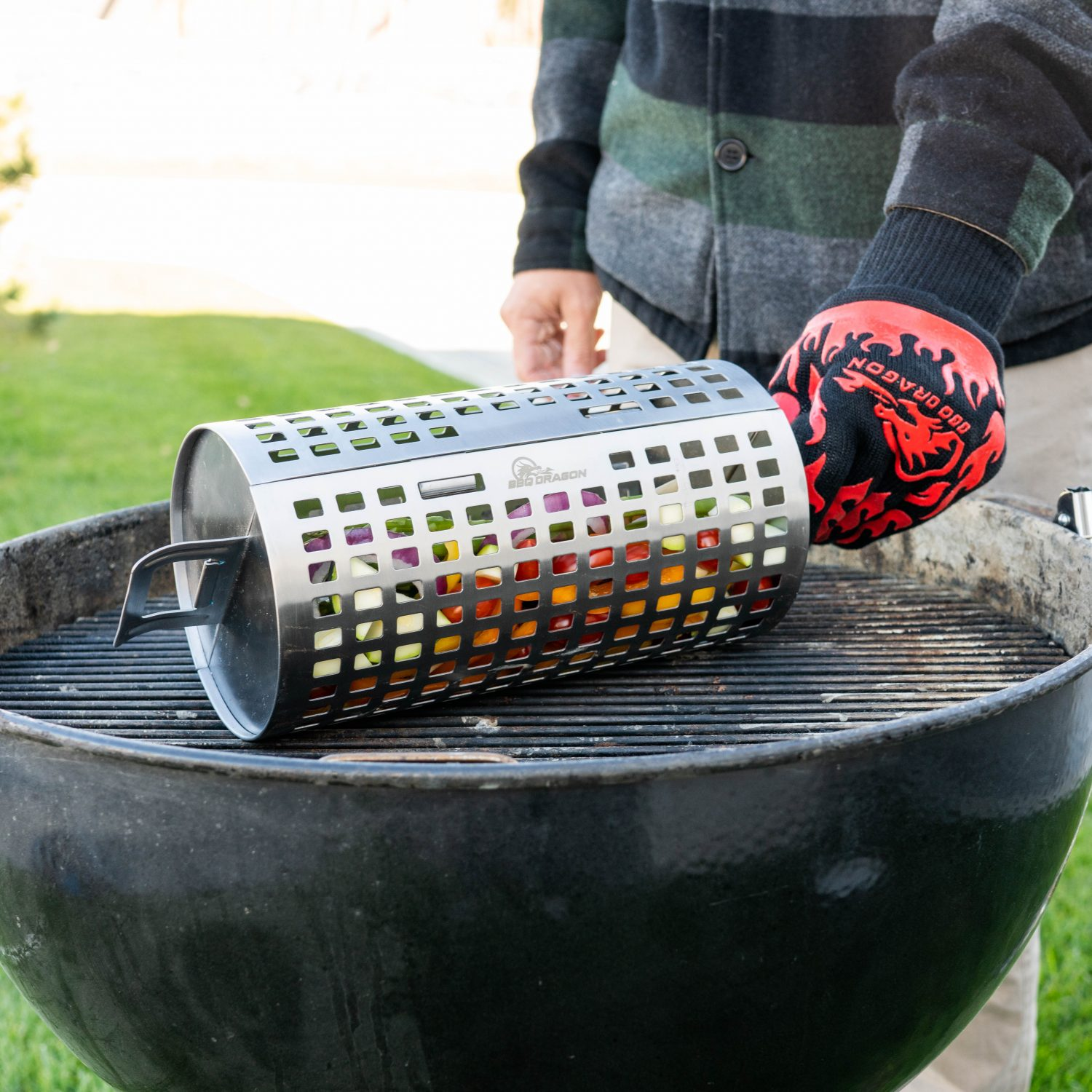 rolling grill basket on grill